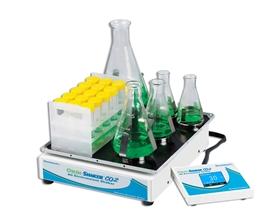 Wytrząsarka do pracy w inkubatorach Orbi-Shaker CO2