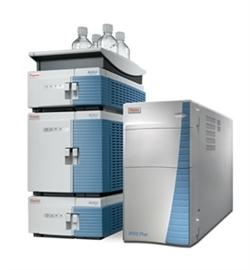 Spektrometr mas MSQ Plus sprzężony z chromatografem cieczowym