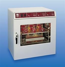 Wytrząsarka z inkubatorem 3032